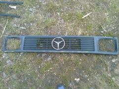 Sell original grille Mercedes-Benz 308