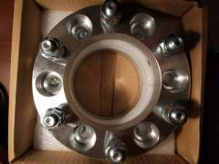 Spacers (extenders gauge) TOYOTA 6x139.7 dia 106.1