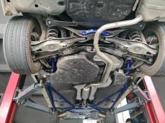 Strut braces on a car (a selection)